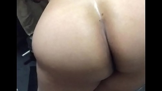 Big ass Gujju Bhabhi get ready for a fuck in the gym