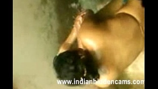 neighbour indian bhabhi taking shower secretly recorded by neighbor