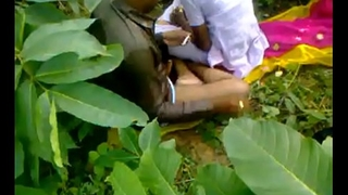 Indian school girl fucking cram in open-air sex